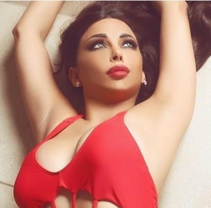 85f4a8d20 عارضة أزياء لبنانية تنشر صورةً مع رجل عارٍ - كود: جريدة إلكترونية ...
