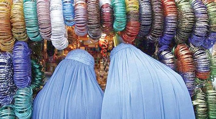 وعالام هاد الفيزازي: مع منع البرقع وهاد الشي ضمن منظومة امنية جديدة