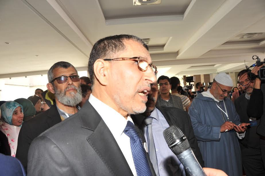 """جورنالات بلادي1: التشاور مع """"البام"""" يقسم قيادة البيجيدي واقتطاع 32 مليارا من حساب جماعة طنجة"""
