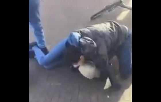 مقطع فيديو يوثق لإعتداء شابين على مغربية في هولندا يثير الاستياء